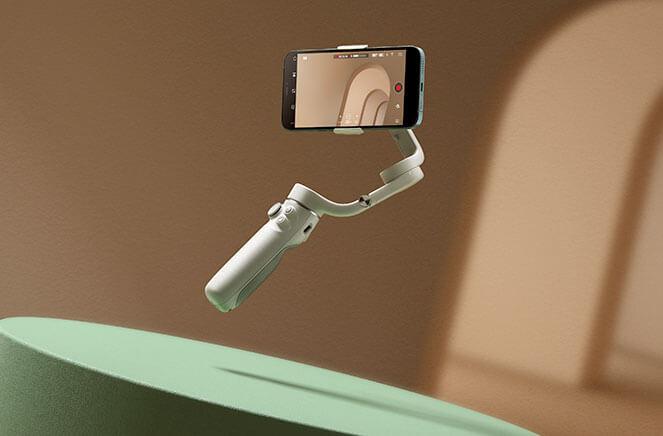 DJI OM 5 : stabilisateur pour smartphones